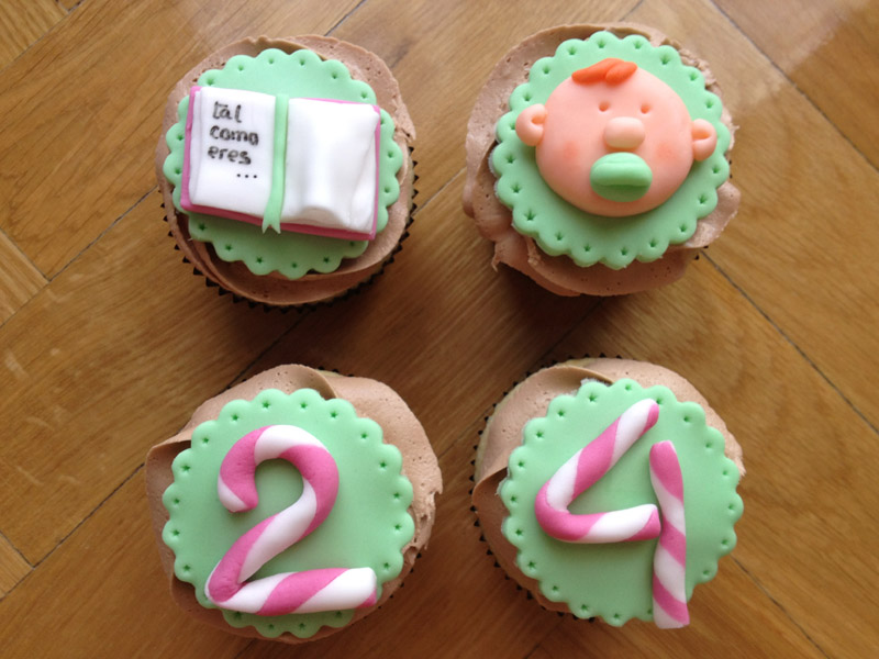 Cupcakes decoraci n fondant en madrid for Decoracion en cupcakes